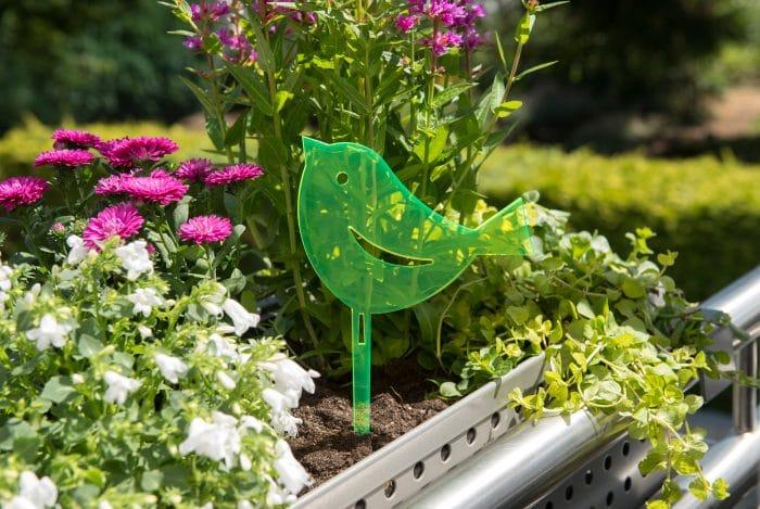 Accessoires ludiques au jardin croix chatelain for Jardin accessoires decoratifs